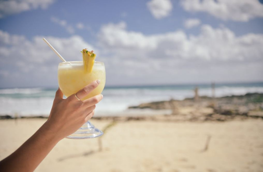 holiday 1 - Don't forget your toothbrush! Your ultimate summer holiday checklist
